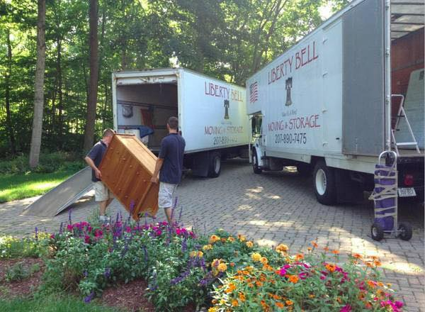 Movers in Leeds, Maine